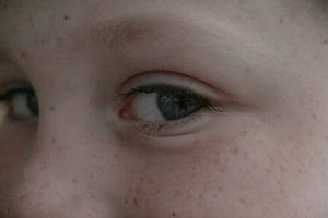 Yeux '2 by Owps