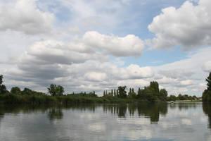 Reflection '1 _ Au bord de l'eau by Owps