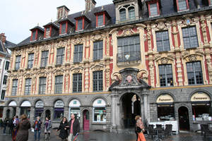 Lille '1 _ La Bourse by Owps