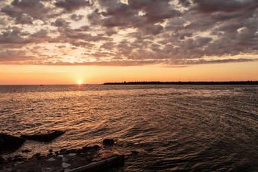 Sunset II by basseca