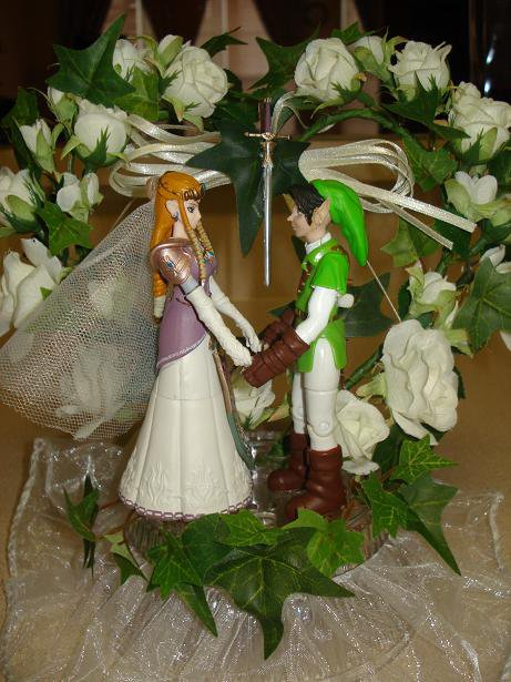 Link and Zelda Cake Topper by MistyRydia on deviantART