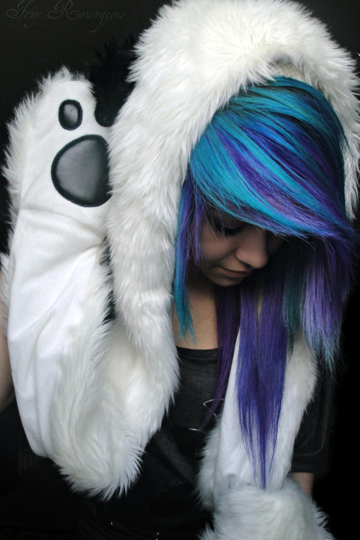 Pretty emo scene girls with blue hair for