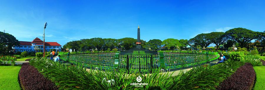 Tugu Kota Malang By Oddzoddy On Deviantart
