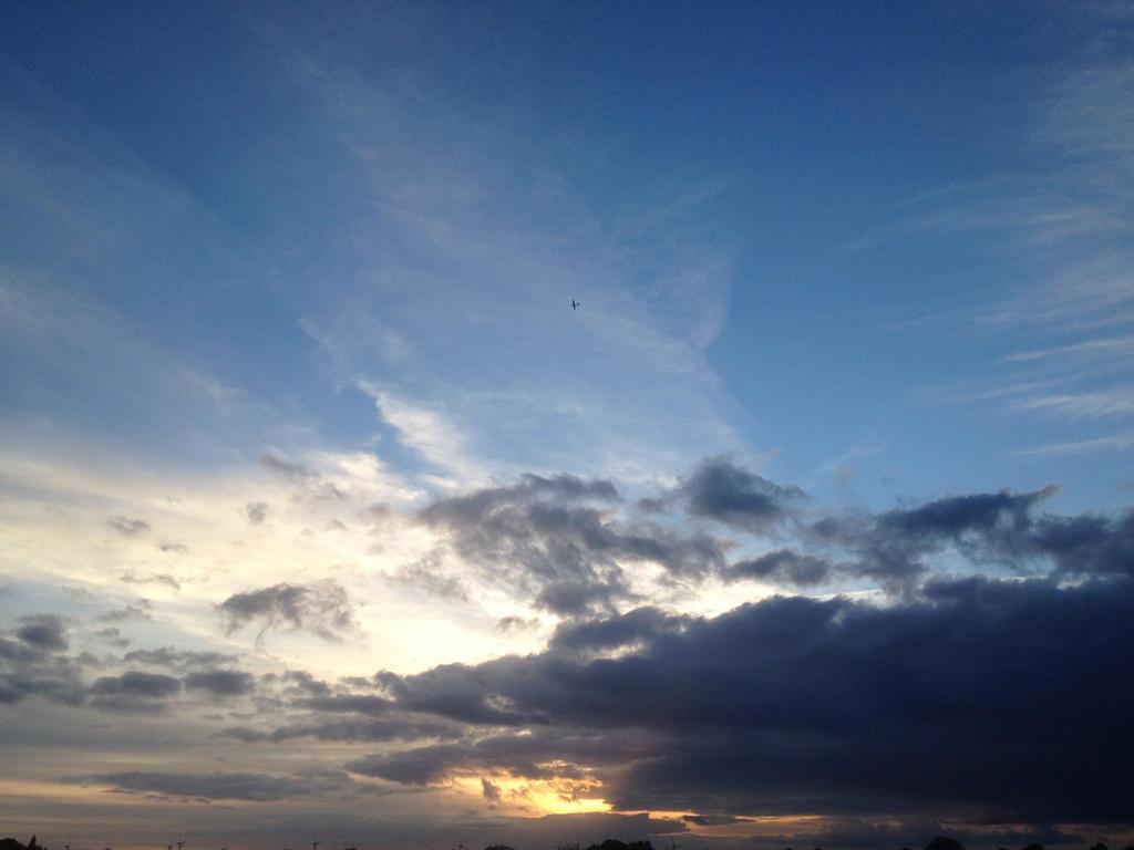 The Skies by Felizis