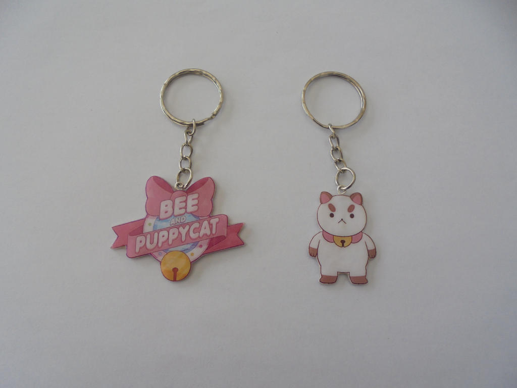 Bee and Puppycat keychains by Vavercraft