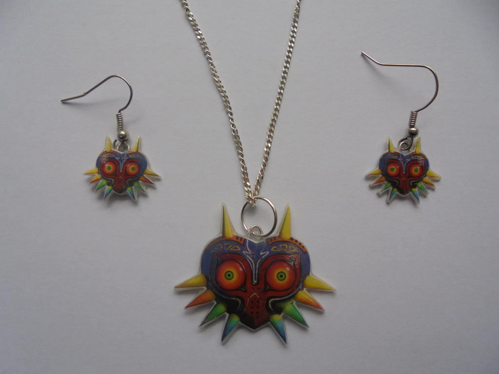 zelda majoras mask Necklace and earrings by Vavercraft