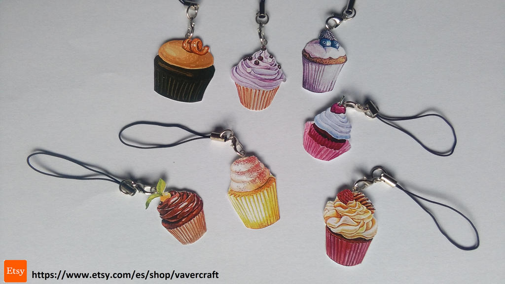 kawaii cupcake keychains by Vavercraft