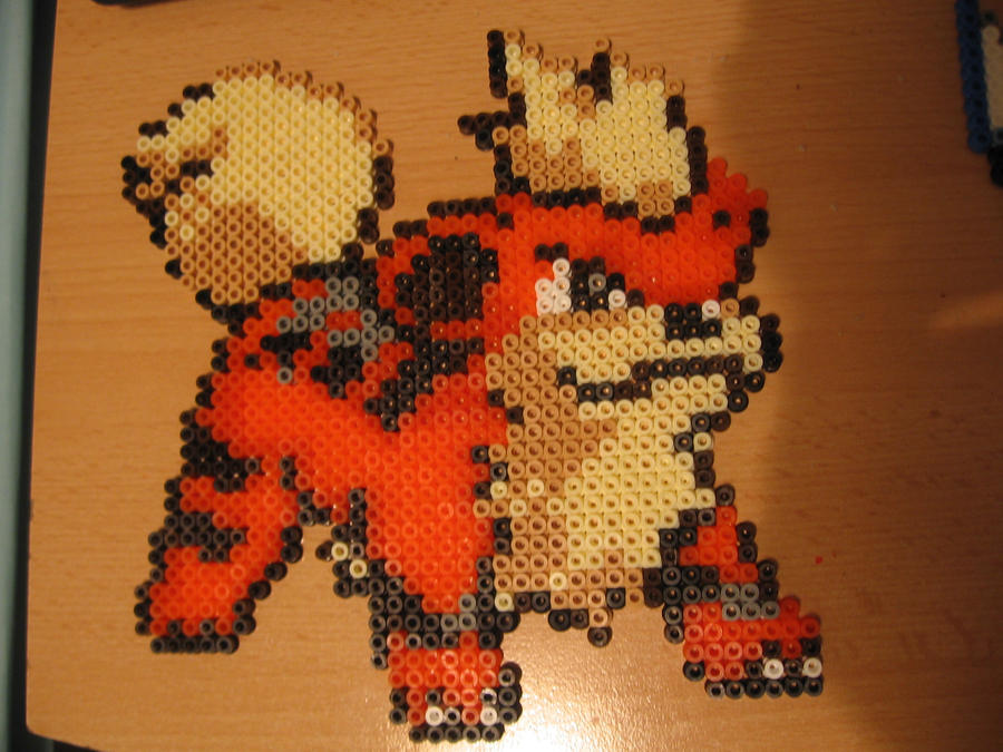 Growlithe Bead by sazmullium