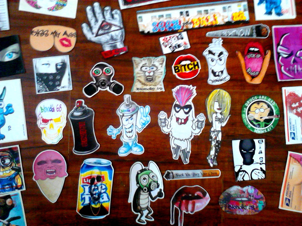 Graffiti characters stickers by wizard1labels