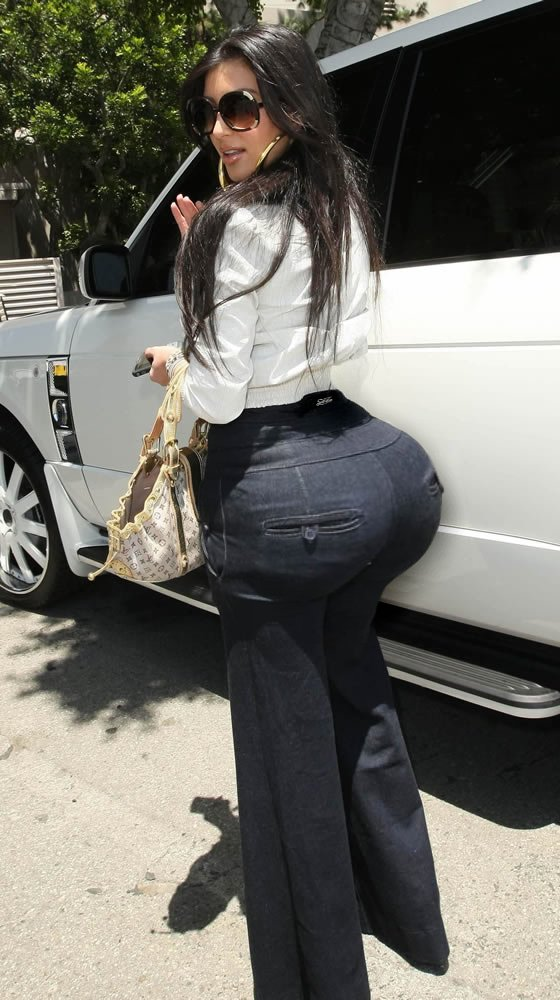 flashing ass black girls