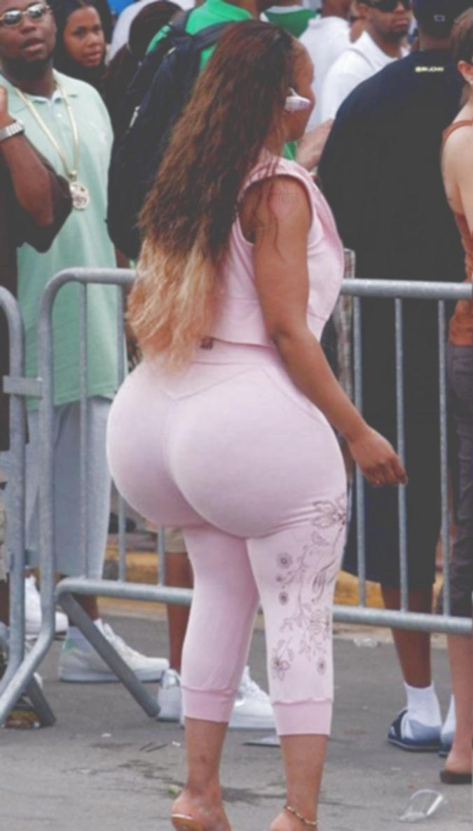 Big phat ass walking