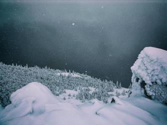 Mountain Big Uvan by Vjaz