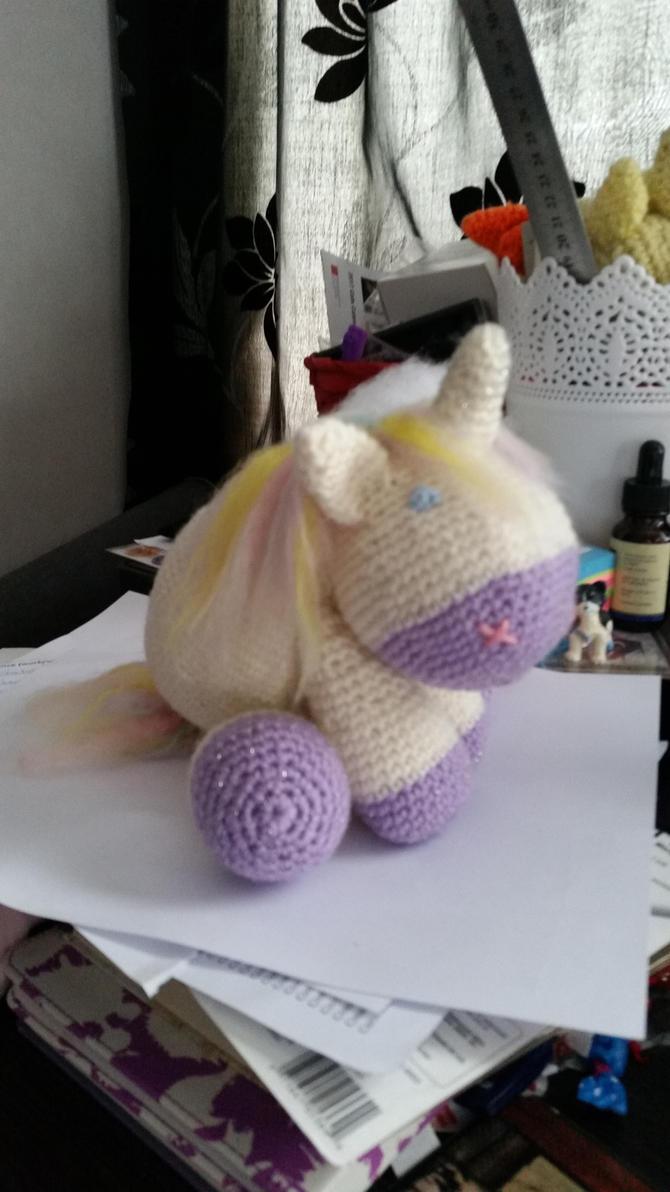 Lil chubbycorn ^_^ by Gypsy-puma