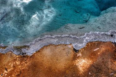 Yellowstone bicolor split by elpez7