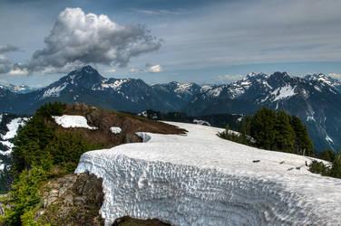 Mt. Dickerman Summit looking east. by elpez7