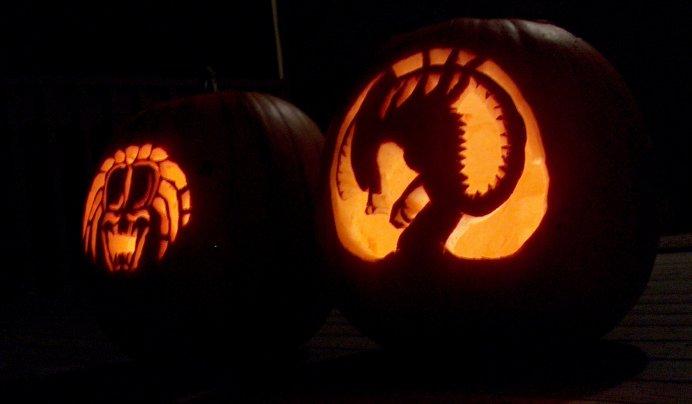 Alien versus predator pumpkins by hornetcharmer on deviantart for Alien pumpkin pattern