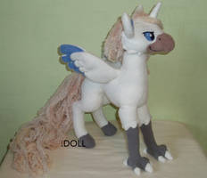 Wool Mane Hippogriff Plush by dot-DOLL