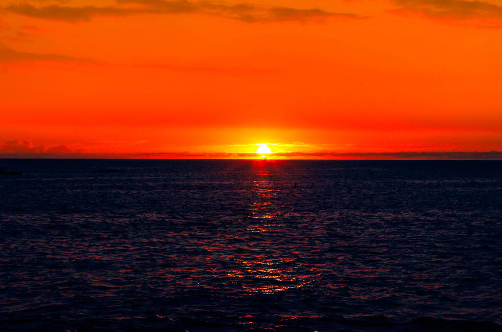 Sunset at Kailua-Kona Hawaii by NohemyAnn