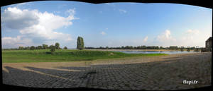 Panorama at Ingrandes sur Loire by flepi