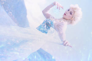 Elsa - Frozen by ImNotMizu