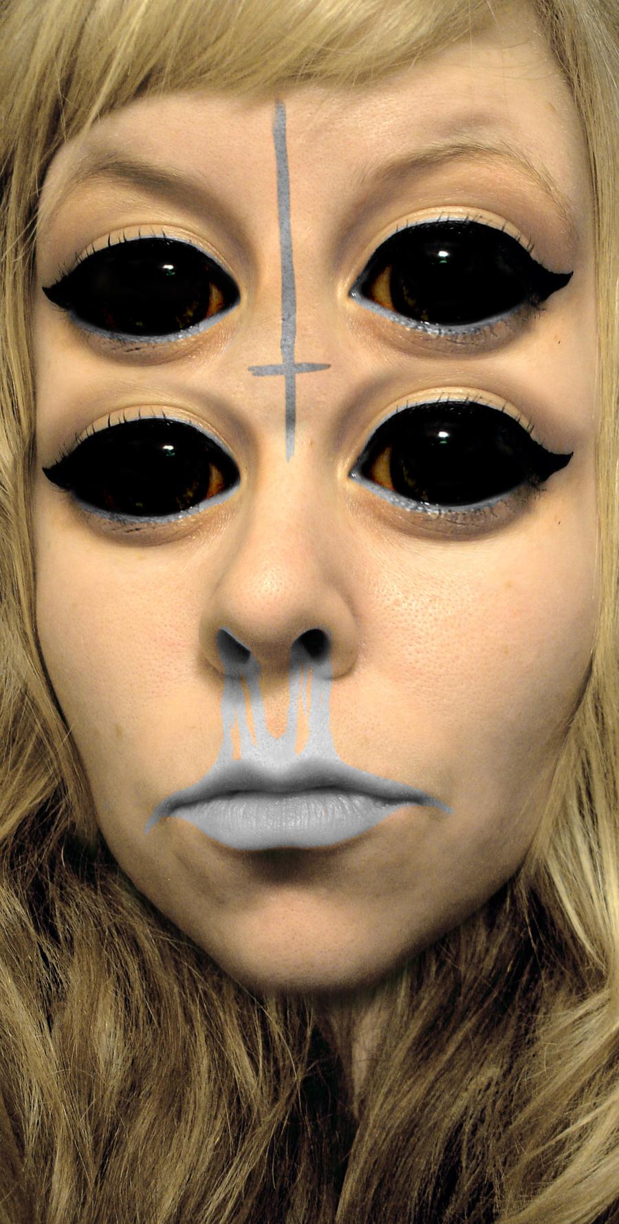 alien girl by octodream