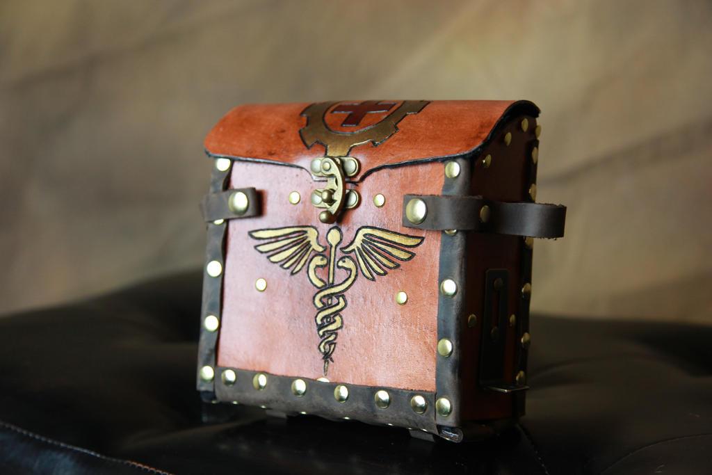 Alchemist's Med Kit Leather bag by AverusX