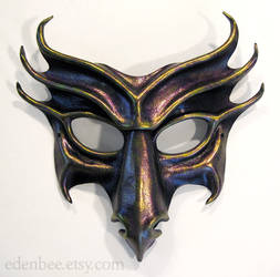 Dragon leather mask by shmeeden