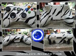 White Tiger   Custom Xbox 360 Controller by Shendijiro
