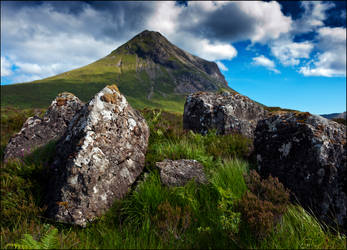 the magnetic pull of Skye by LordLJCornellPhotos
