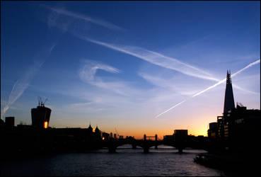 London opens it's eyes by LordLJCornellPhotos