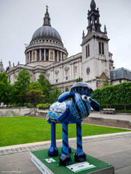 Shaun at St Paul's Cathedral by LordLJCornellPhotos