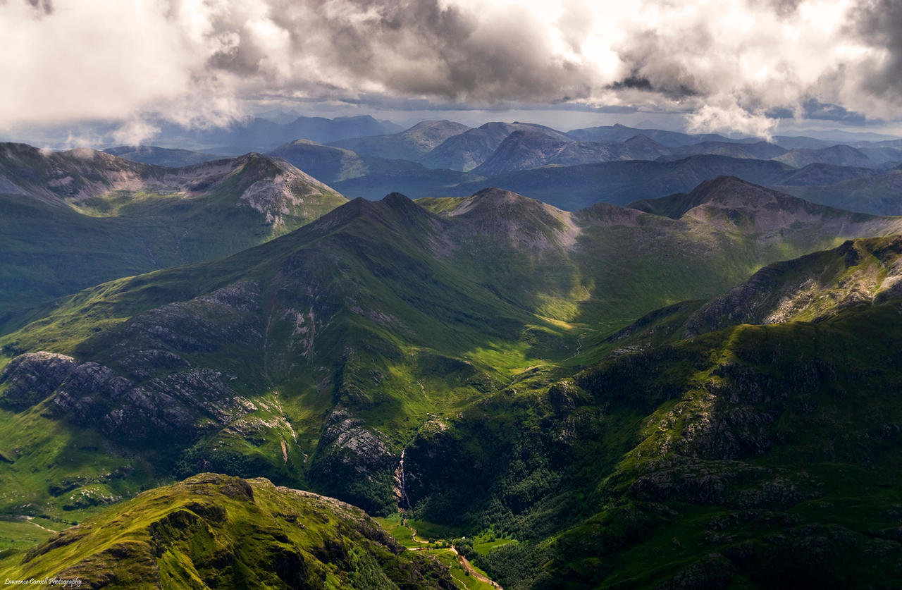Upon the lonely mountain by LordLJCornellPhotos