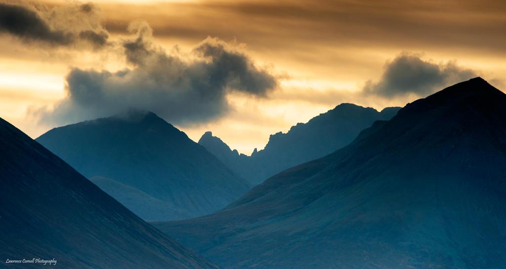 The razor's edge by LordLJCornellPhotos