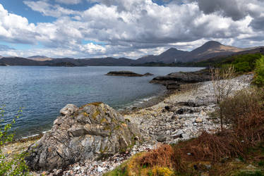 A rugged coast by LawrenceCornellPhoto