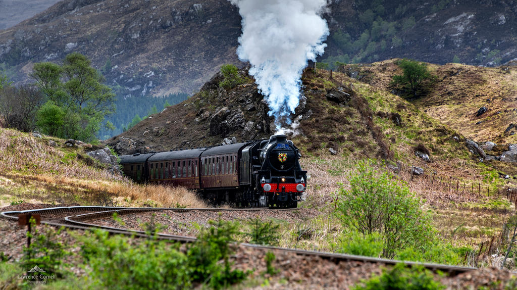 Crossing the glens. by LordLJCornellPhotos
