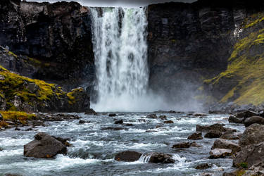 Water feature. by LawrenceCornellPhoto