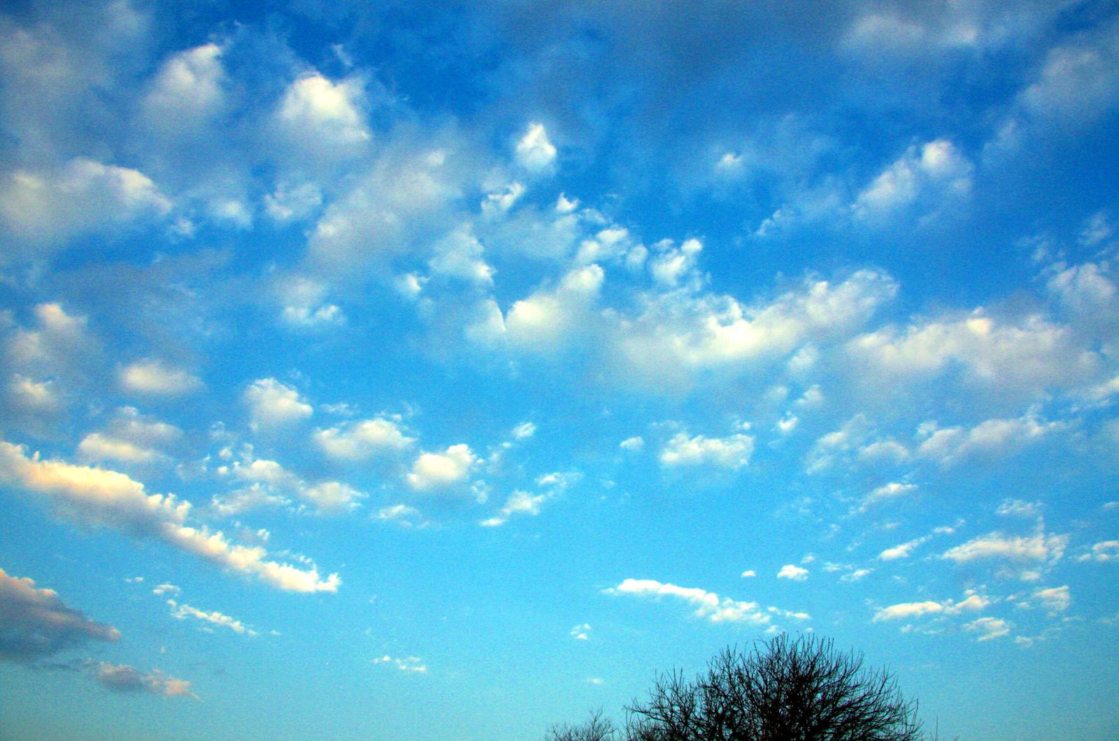 Dreamy Clouds by joybelle on DeviantArt