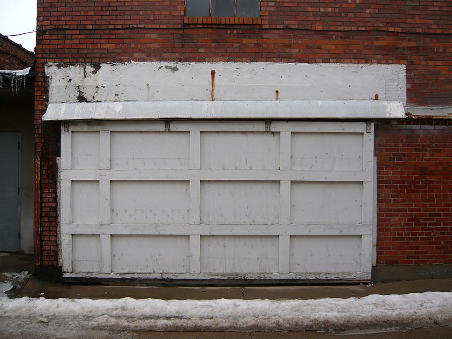 Alley Garage Door Ottumwa, IA By Dull Stock ...