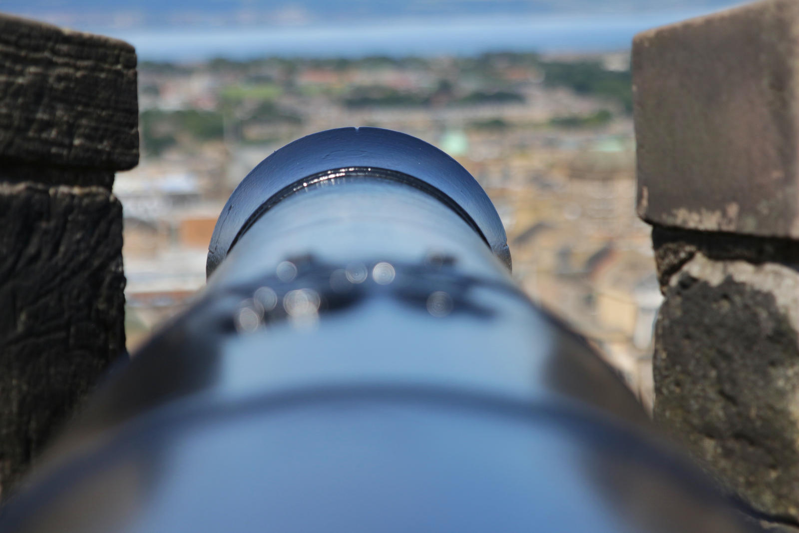 Cannon from Castle Edinburgh by LoveForDetails