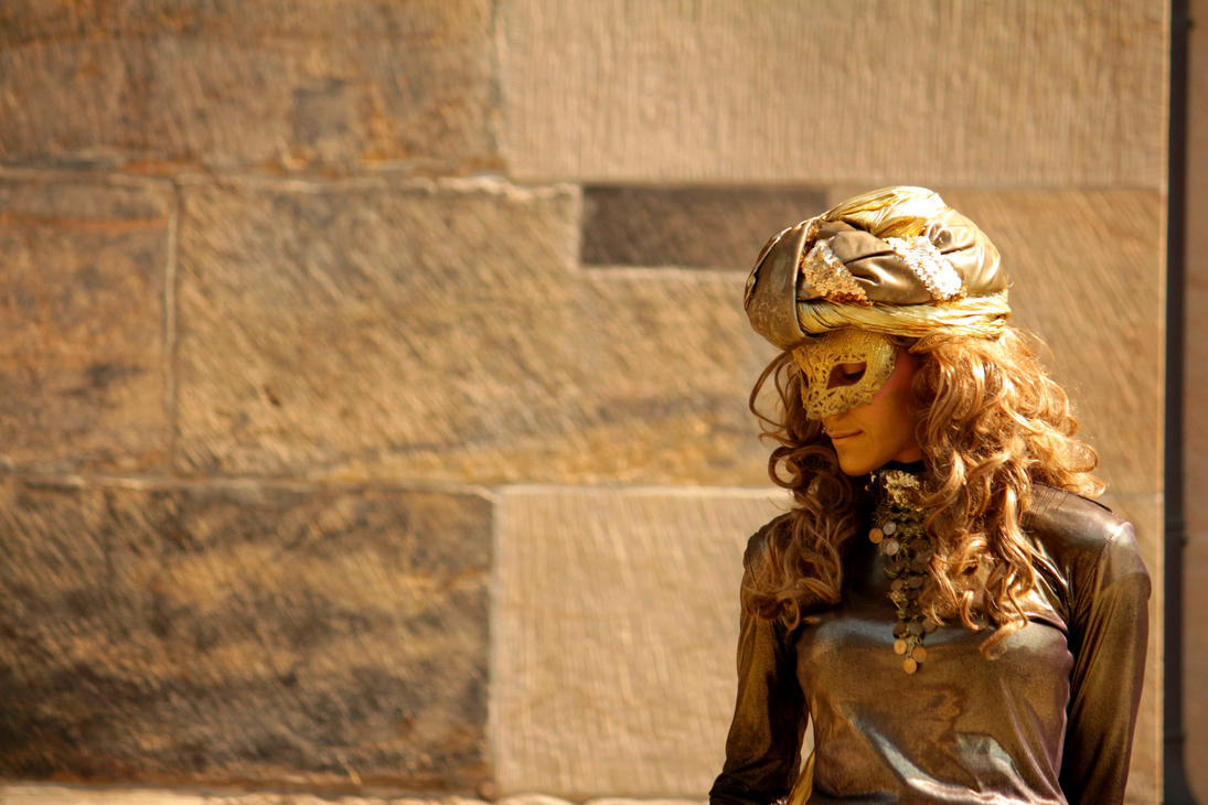 Model in front of Frauenkirche Dresden by LoveForDetails
