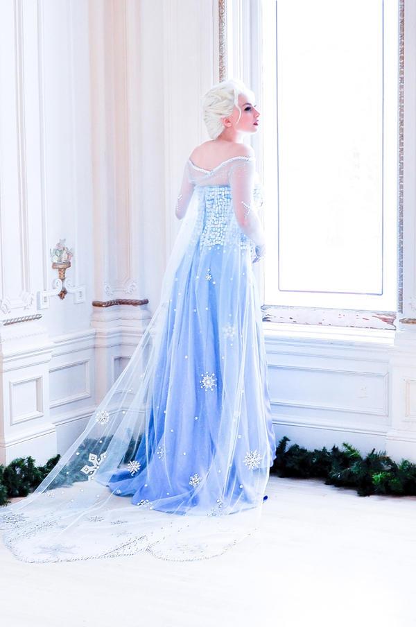 Elsa by JaniellMarie