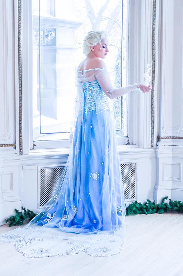 Elsa 2 by JaniellMarie
