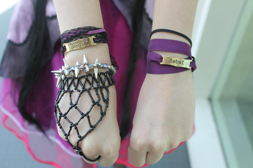 Jewelry by Hikaru2322