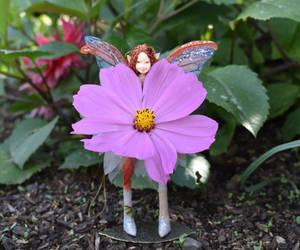 Flower for you by FeynaSkydancer