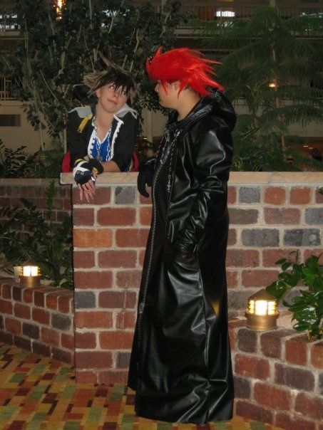 Sora and Axel by HunnySempai