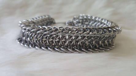 Shackled Alligator Back Bracelet