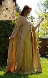 Gold robe by Celefindel