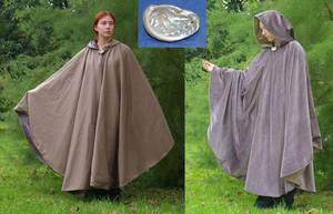 Turnable coat by Celefindel