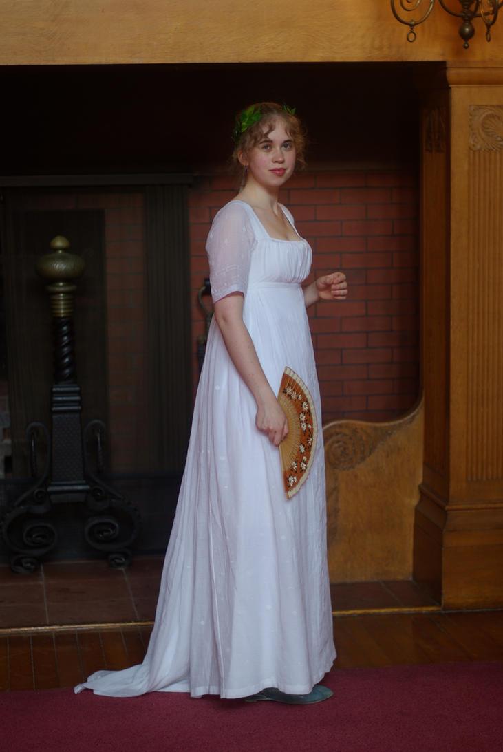 Inspiracion: Trajes y complementos de Mujer Regency_muslin_gown__fireplace_by_goldenspring-d3j70vv