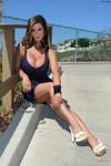 Teri Hatcher busty
